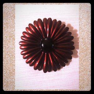 Vintage 🖤 Enamel metallic brown flower brooch